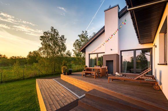 a sunny deck installed by Bendigo Landscapers